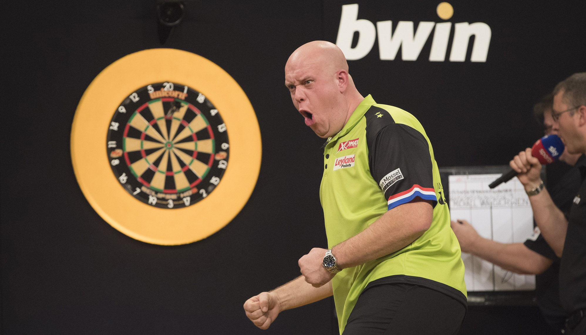PDC World Darts Championship: Van Gerwen man to beat