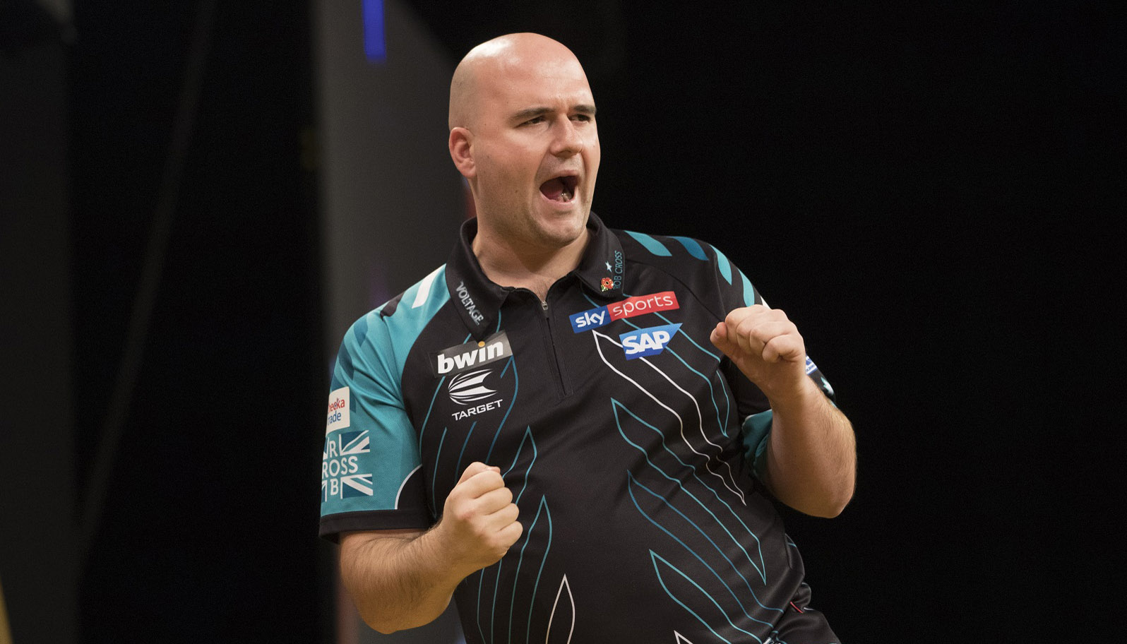 World Matchplay: Voltage to beat Bully Boy in Blackpool final