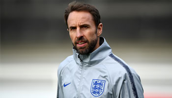 Netherlands vs England: Guimaraes clash too close to call