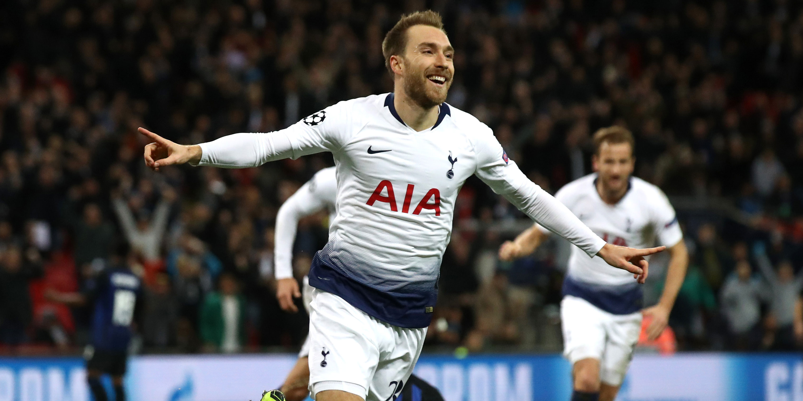 Christian eriksen celebrates scoring a goal for Tottenham