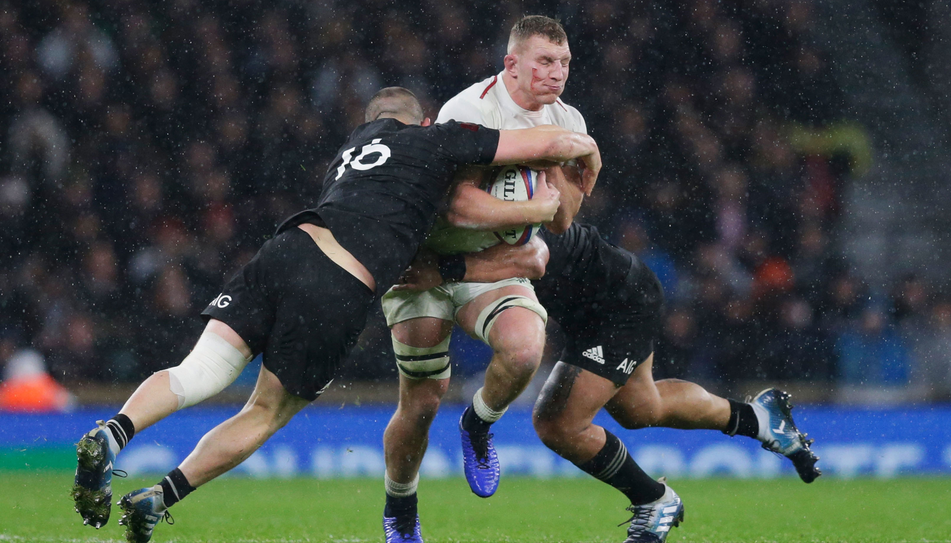 England vs New Zealand: All Blacks to edge first semi