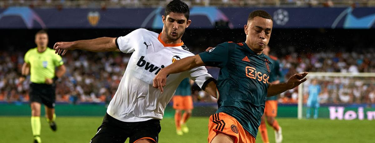 Rodrigo Moreno of Valencia and Lisandro Martinez of Ajax