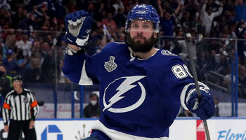 Stanley Cup Final Game 5: Lightning to strike decisive blow