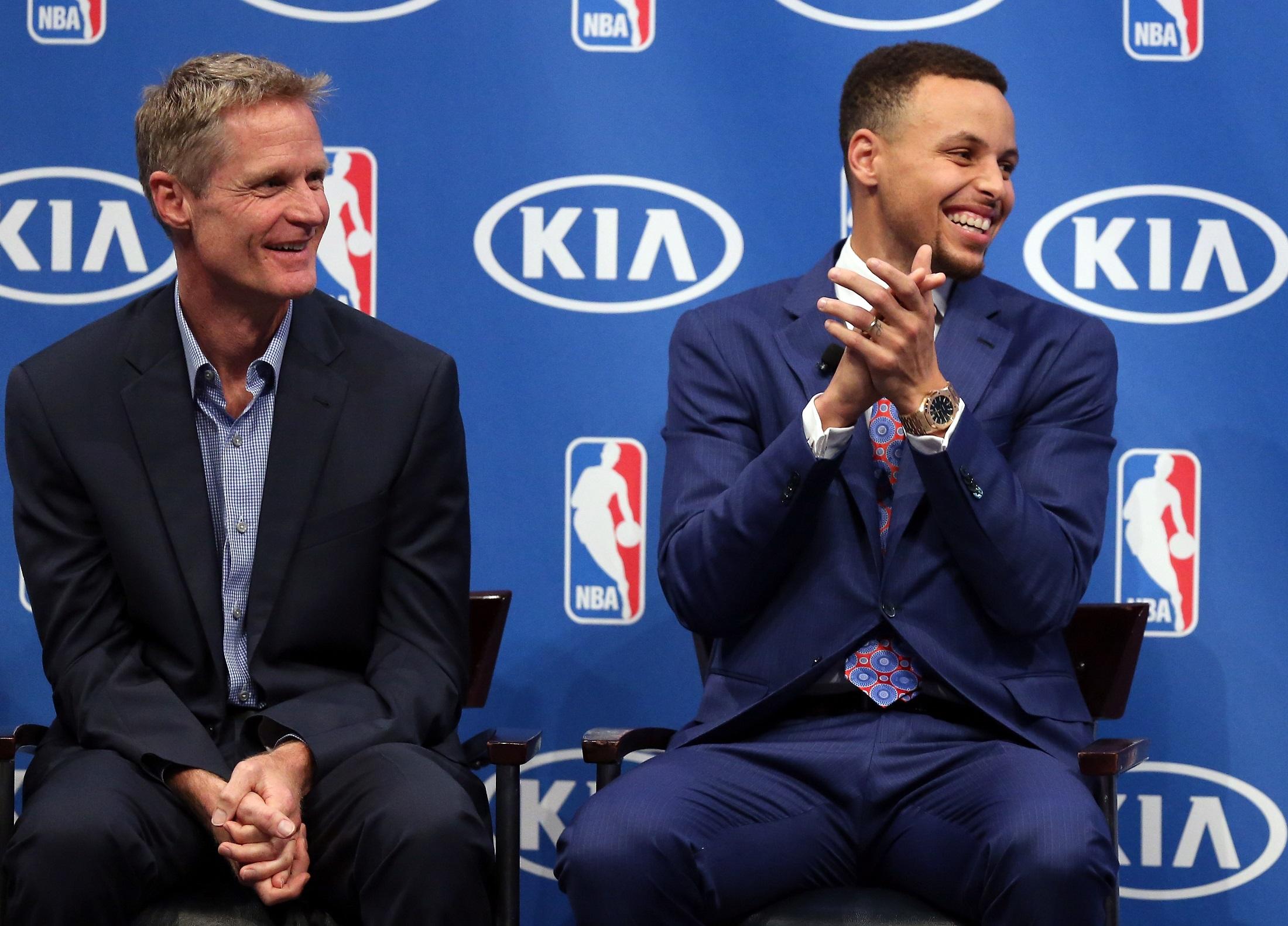 Los intratables Warriors ya esperan rival en las Finales NBA