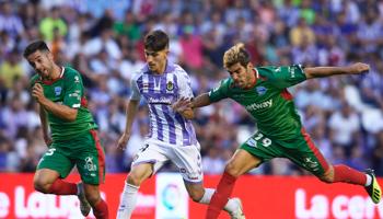 Deportivo Alavés – Real Valladolid: el curioso enfrentamiento que casi nunca termina empatado