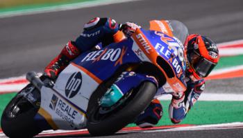 Moto2, Augusto Fernández le mete presión a Álex Márquez en el GP de Aragón