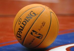 Αντόνι Ντέιβις: Οι τρεις μνηστήρες για το πιο hot όνομα του NBA!