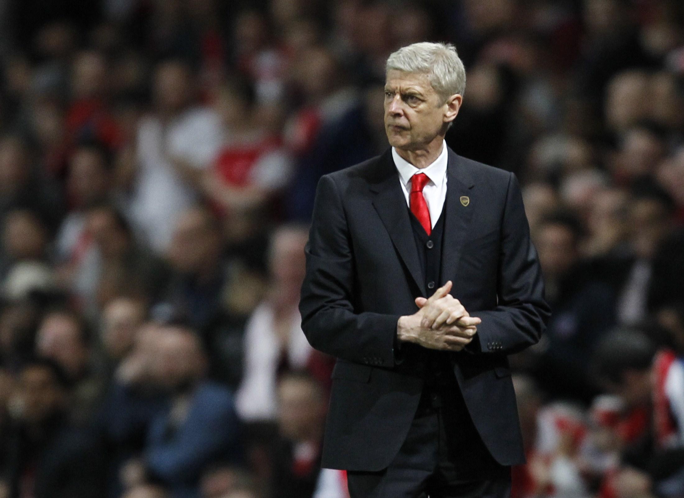 Arsene Wenger lotta per la vittoria del titolo in Premier League