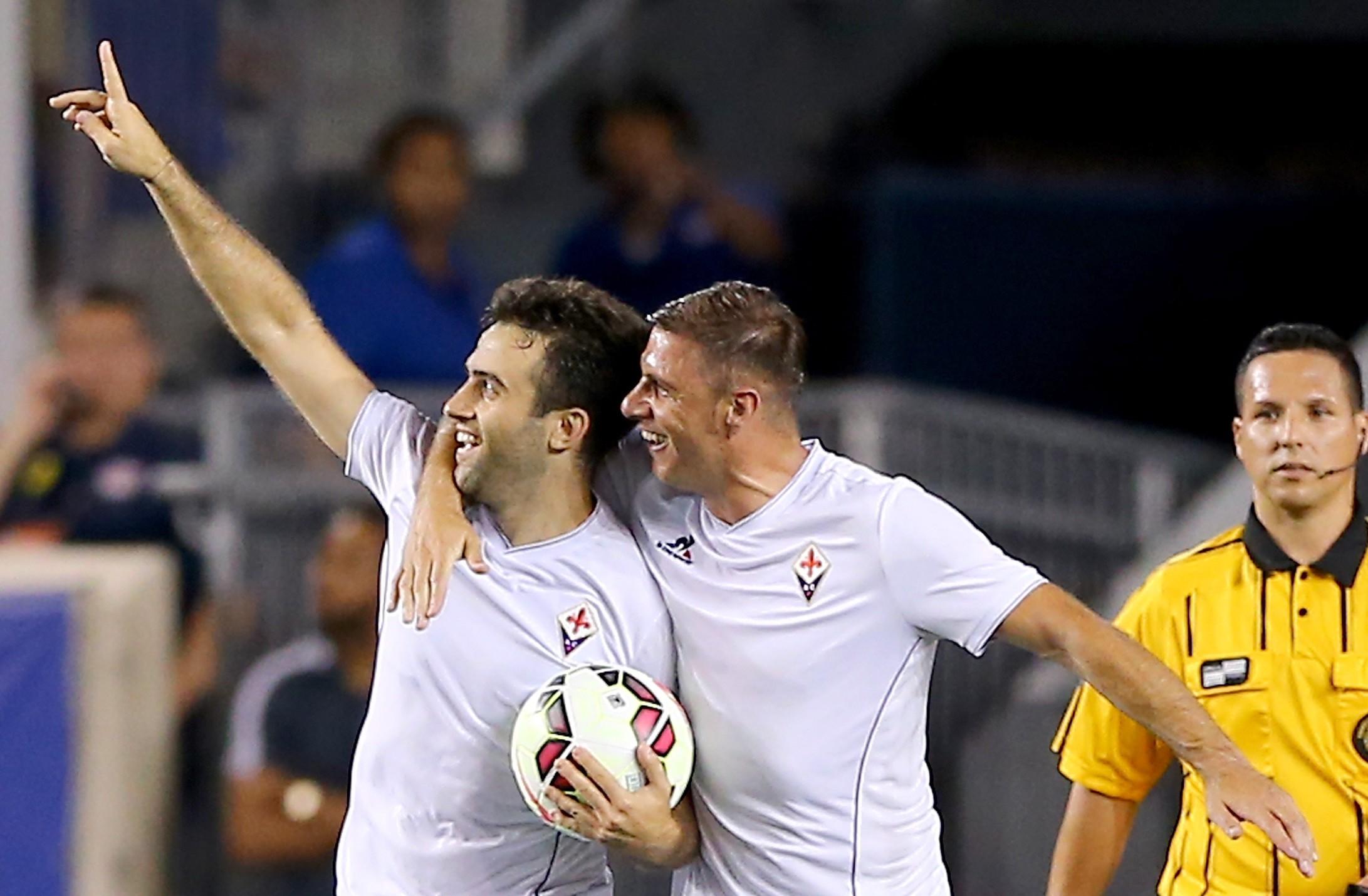 Giuseppe Rossi realizza il penalty contro il PSG