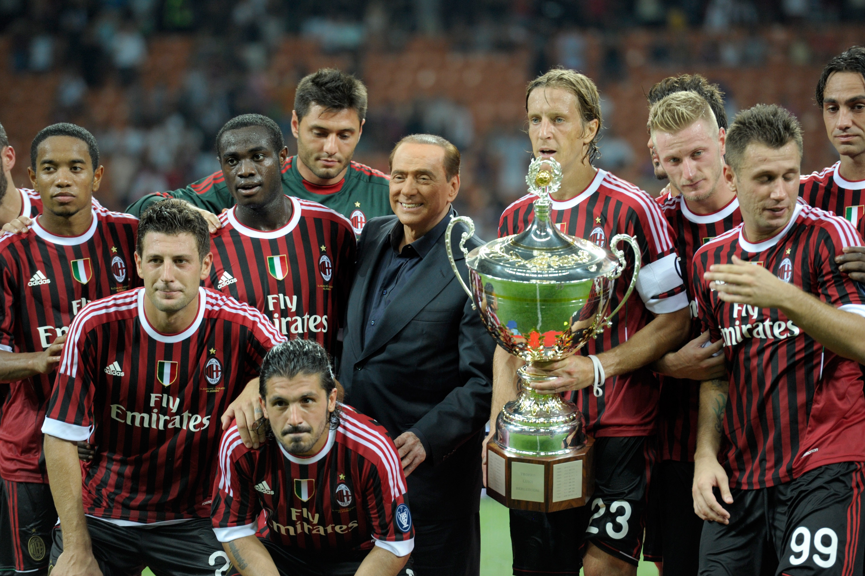 """Silvio Berlusconi festeggia con il """"suo"""" Milan il Trofeo Berlusconi 2011"""