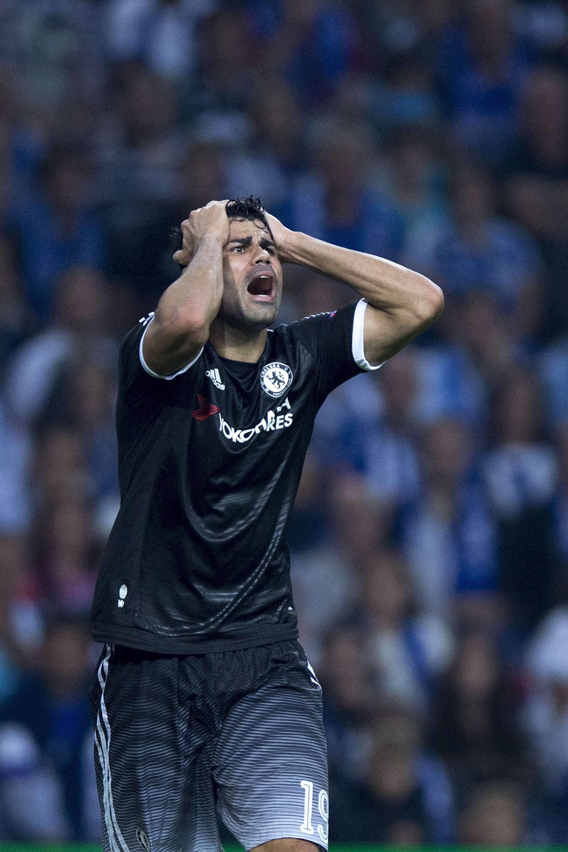 Un Diego Costa particolarmente disperato con la maglia del Chelsea