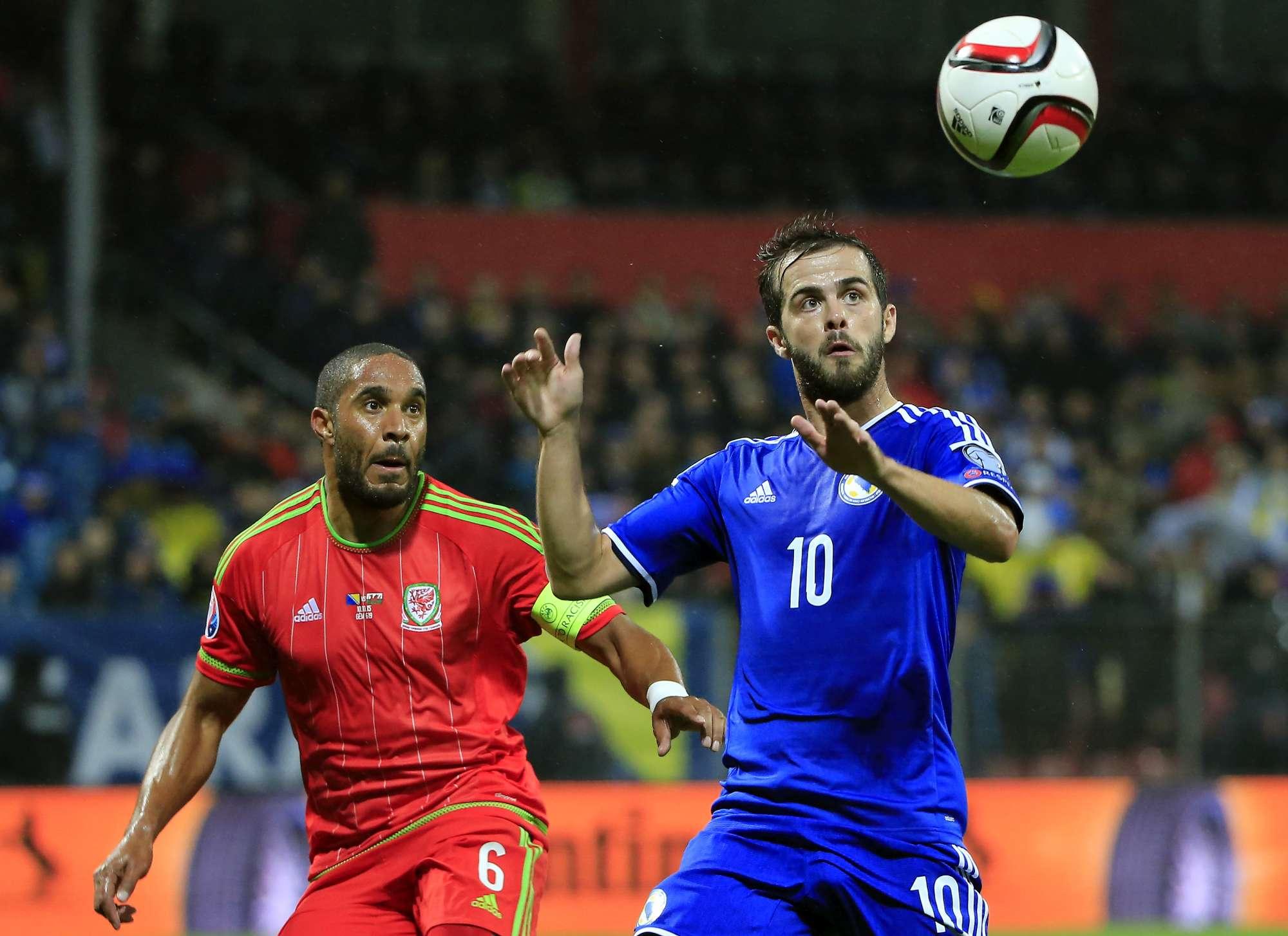 Miralem Pjanic, uno dei giocatori di riferimento della nazionale serba