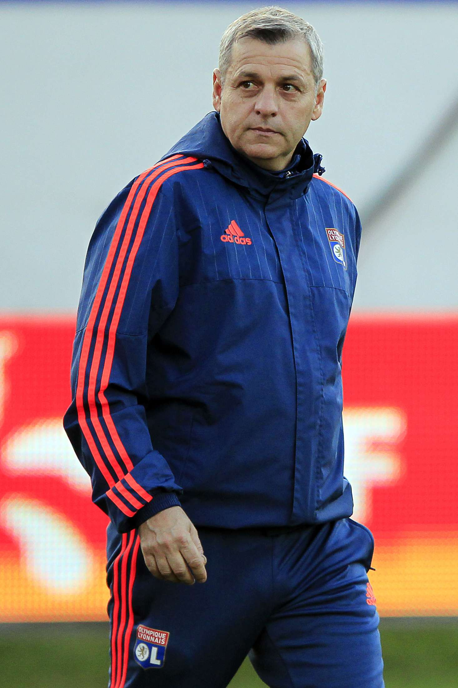 Bruno Genesio è tecnico della prima squadra dalla scorso 24 dicembre, è ma fa parte dello staf del Lione dal 2005