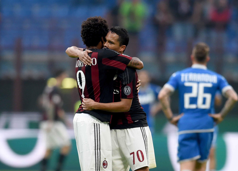 Bacca-Luiz Adriano, ovvero quella che sarebbe dovuta essere la coppia titolare dell'attacco rossonero in questa stagione