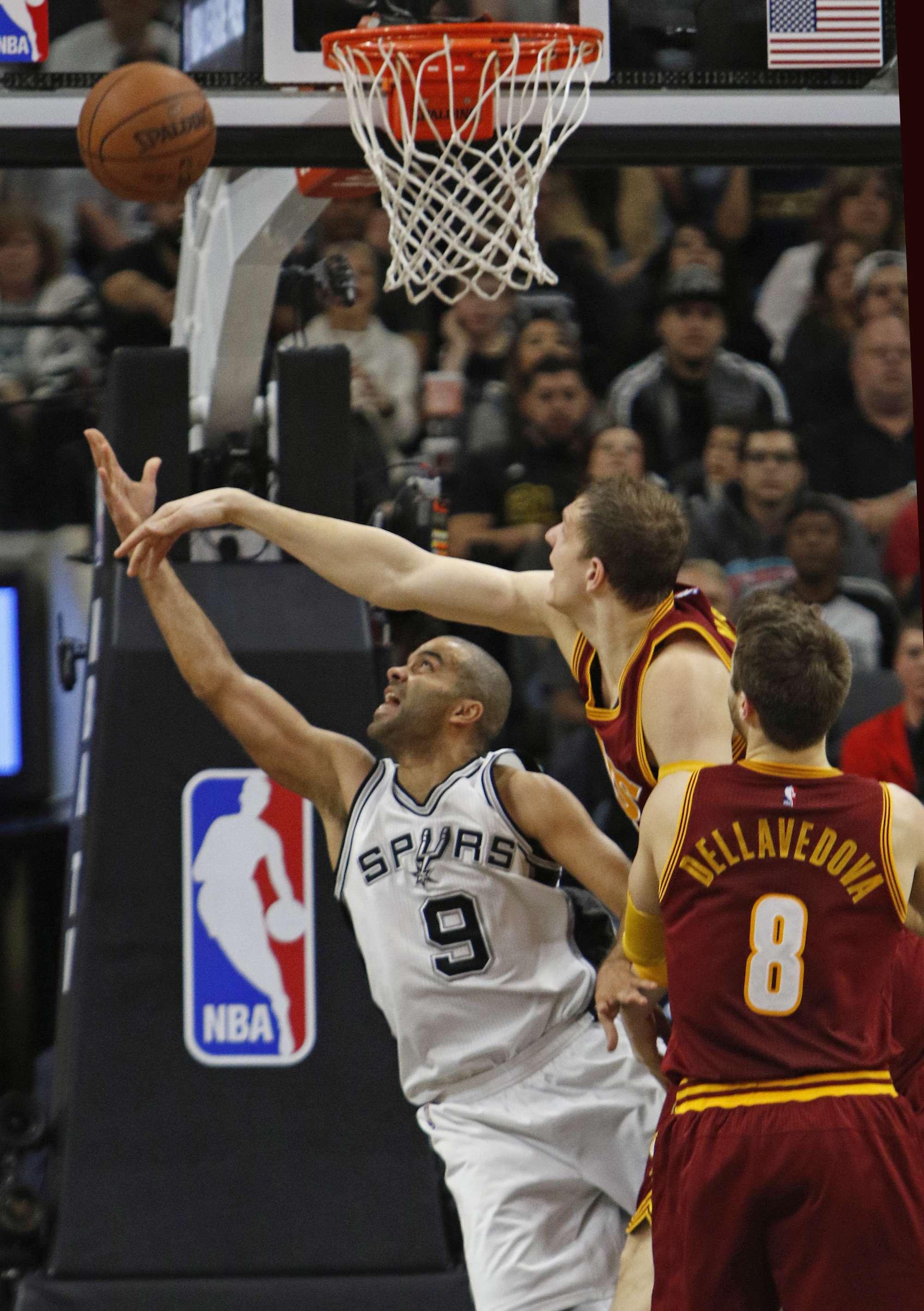 Parker protagonista nella sfida contro i Cleveland Cavaliers