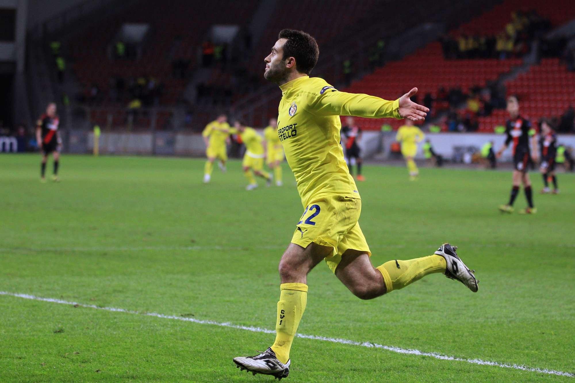 Giuseppe Rossi, qui esultante dopo un gol con la maglia del Villarreal nel 2011