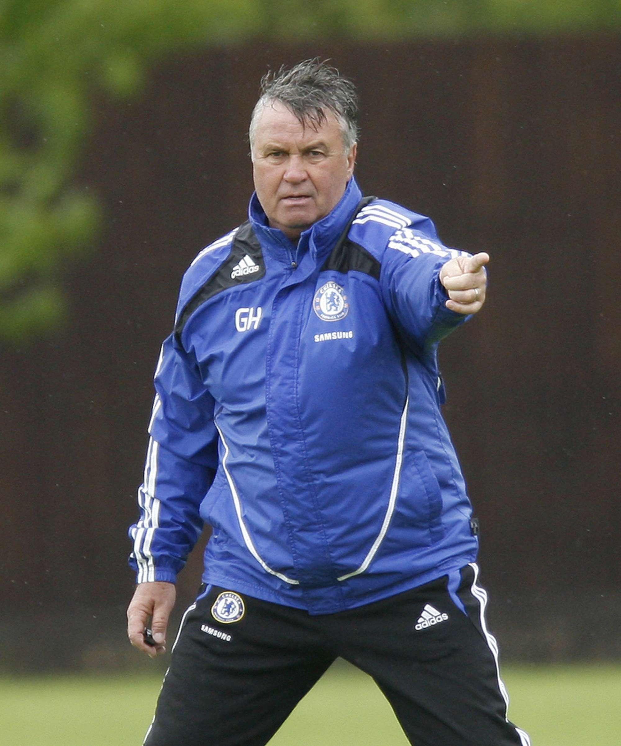 Guus Hiddink, tornato sulla panchina del Chelsea dopo l'esonero di Mourinho