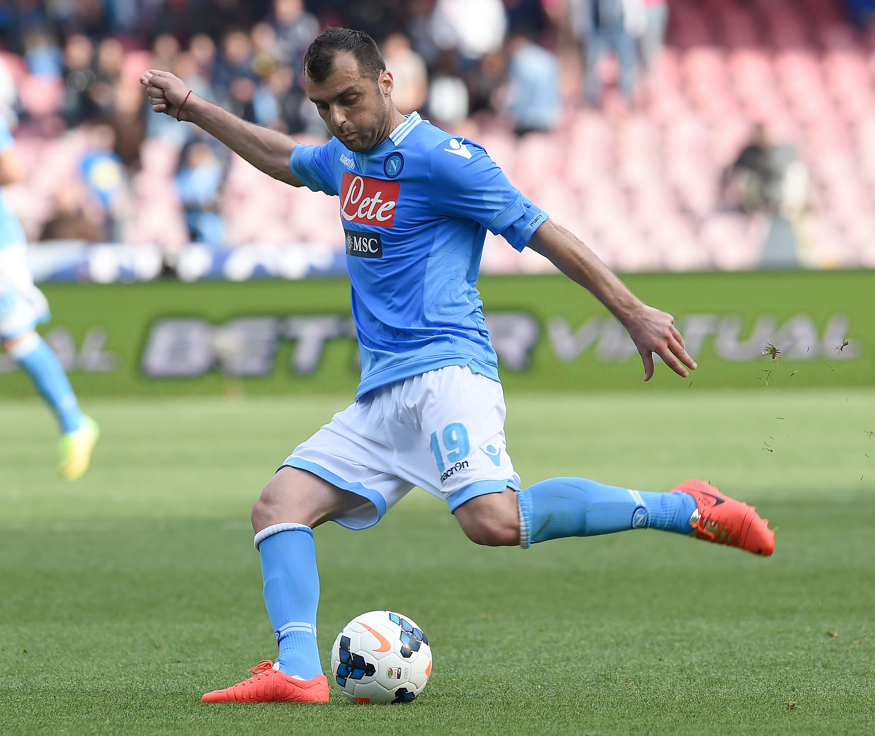 NAPLES, ITALY - APRIL 13: Goran Pandev of Napoli in action during the Serie A match between SSC Napoli and SS Lazio at Stadio San Paolo on April 13, 2014 in Naples, Italy. (Photo by Giuseppe Bellini/Getty Images)