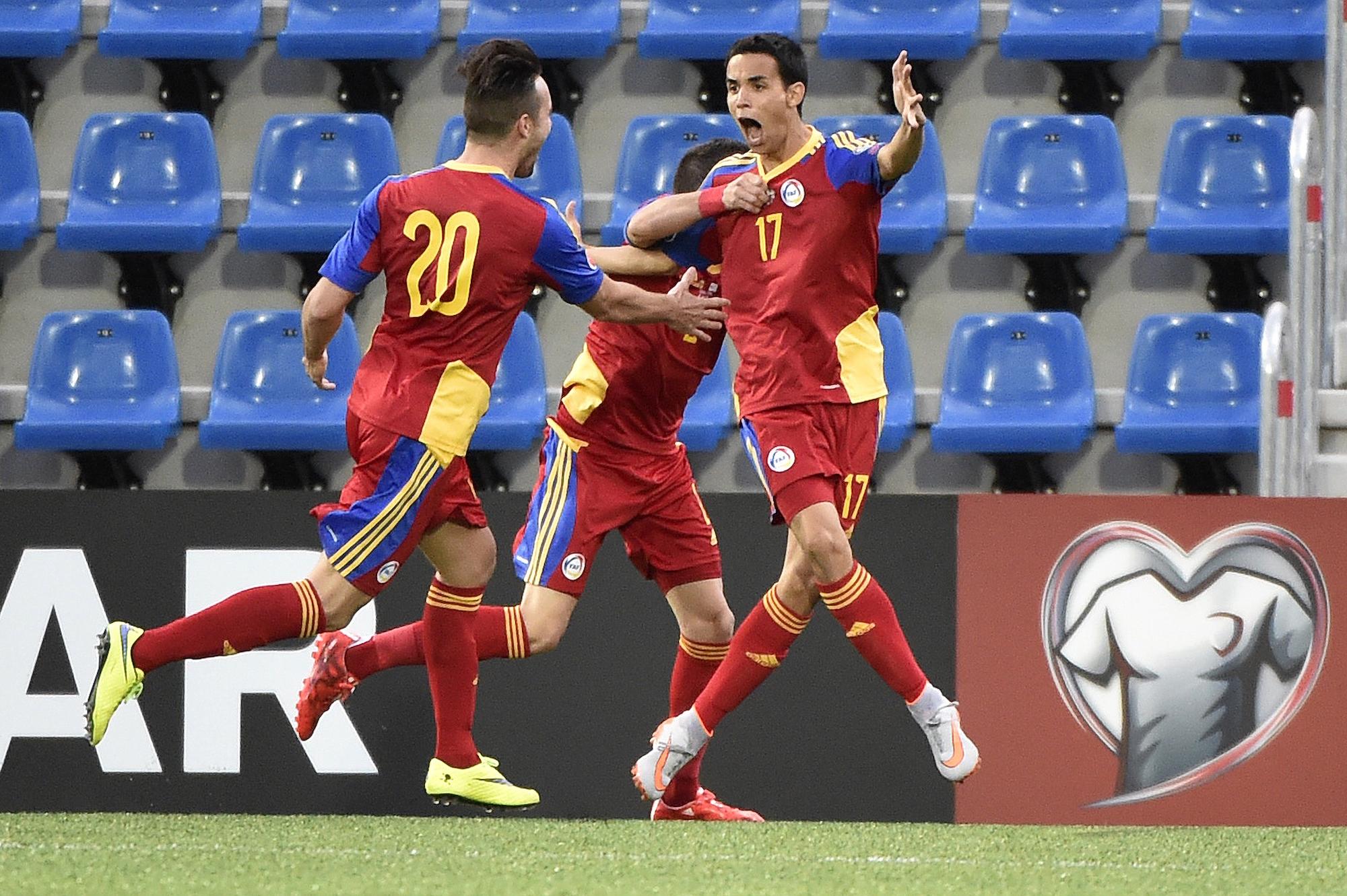 Aaron Sanchez esulta dopo il primo - e unico - gol segnato da Andorra nella fase di qualificazione all'Europeo