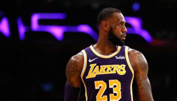 Blazers-Lakers: Lillard prova a fermare LeBron