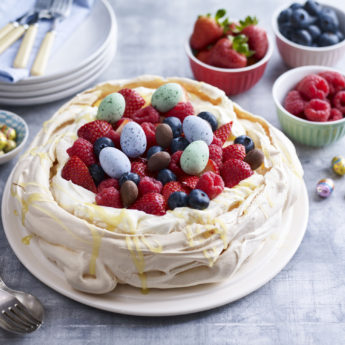 Mixed Berry Easter Pavlova
