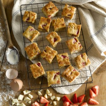 Strawberry & Macadamia Blondies