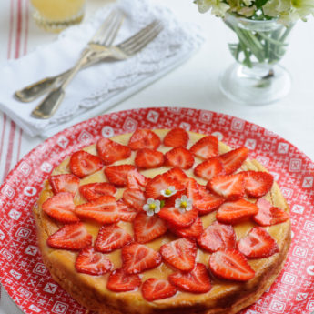 Strawberry, Ricotta & Lemon Thyme Cheesecake