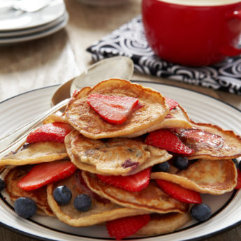 Strawberry, Blueberry & Cinnamon Mini Pancakes