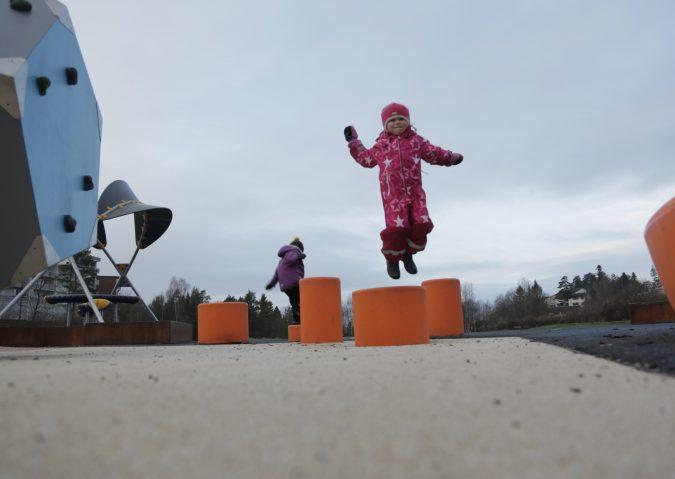 Barnas lekeplass på Holmlia PressPlay