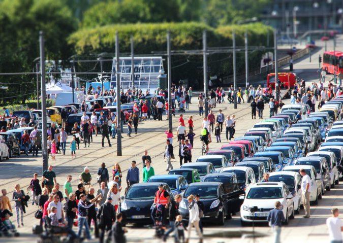 Verdensrekordforsøk i antall elbiler
