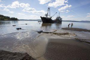 Påfyll av sand på Hvervenbukta