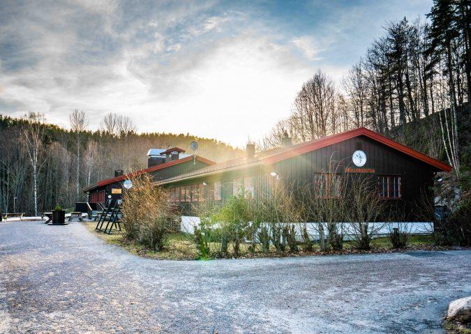 Ski og villmark ved Skullerudstua