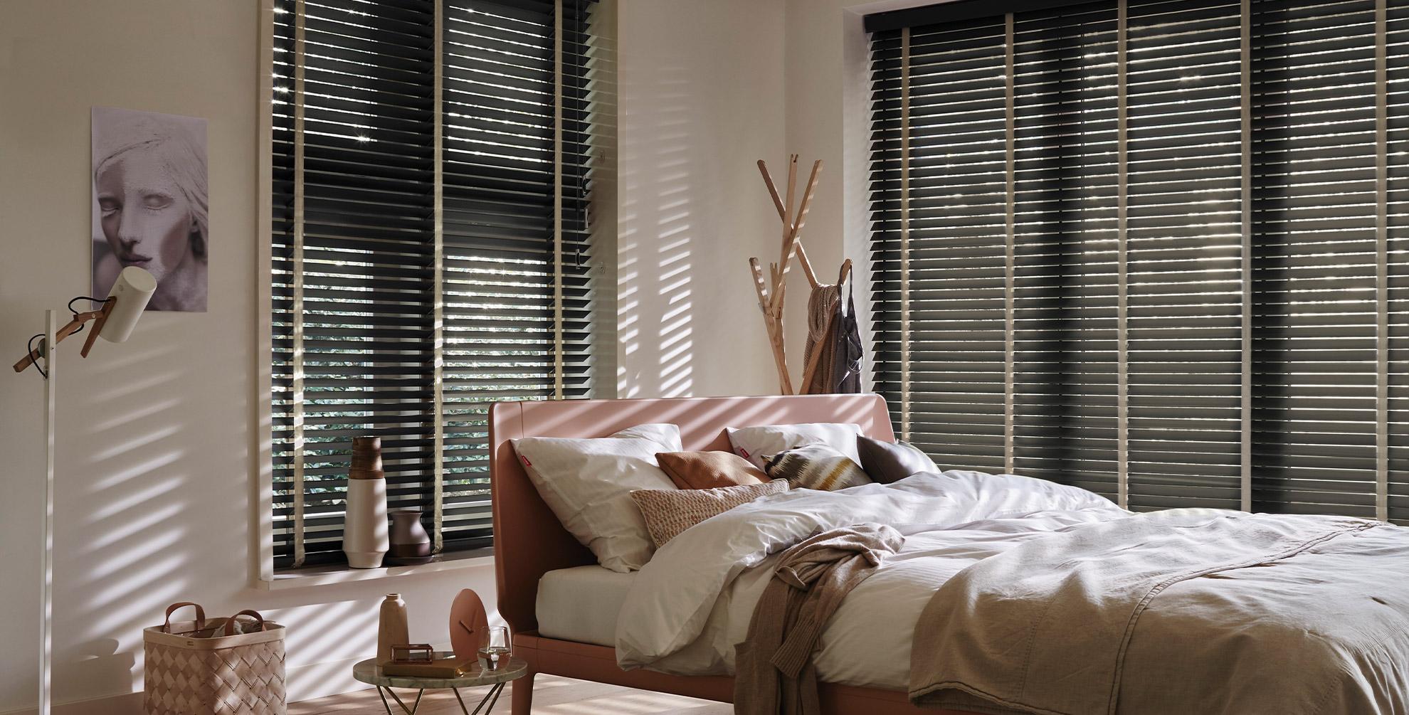 <b>Prachtige houtsoorten</b> voor je raam om mee <b>wakker</b> te worden