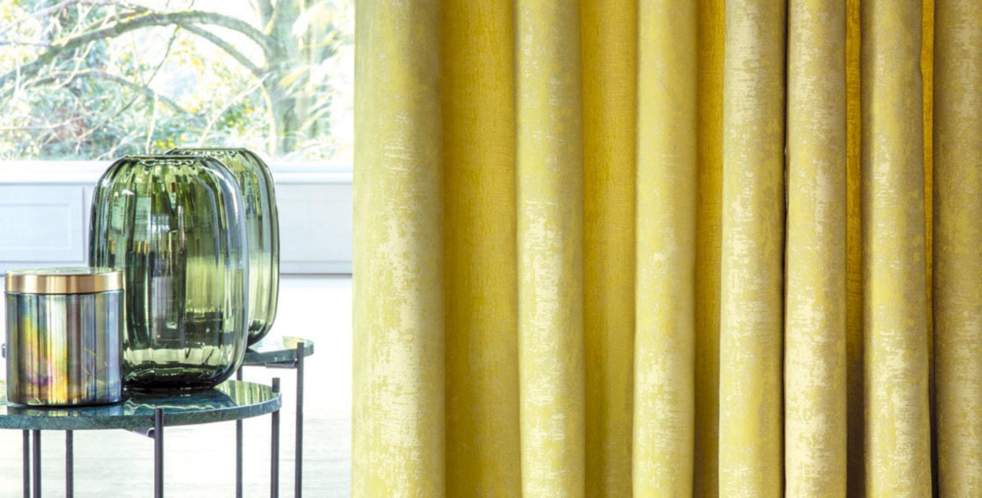 <b>Altijd zon</b> in huis met gele <b>gordijnen</b>