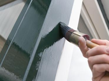 <b>Tips</b> voor <b>schilderen</b> van <b>kozijnen buiten</b>