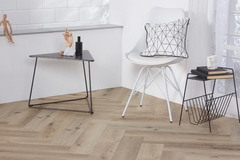 Visgraat pvc laminaat of vinyl vloer een eyecatcher in huis