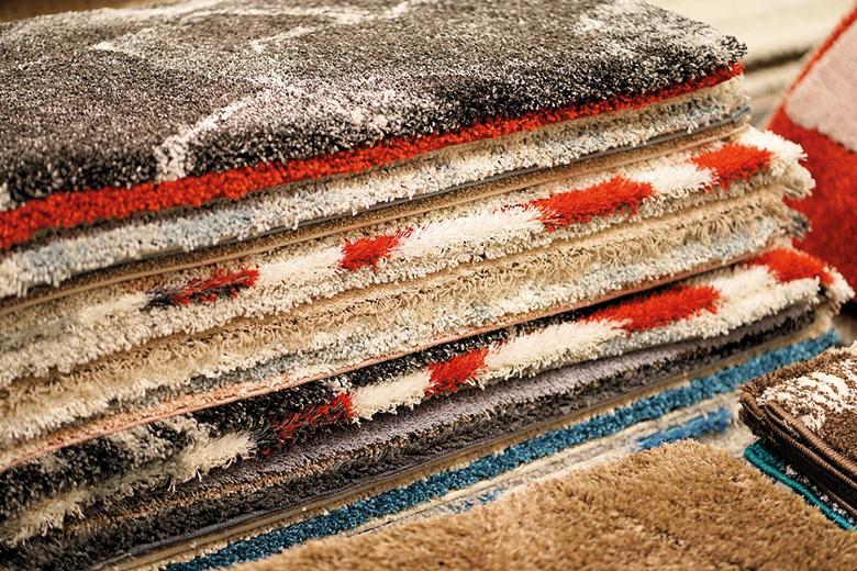 De materialen bepalen ook de sfeer die het vloerkleed uitstraalt
