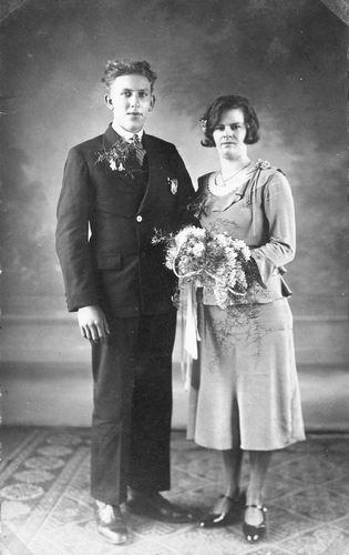01 00 Wies Arie sr 1932 trouwt Marie Heijstek