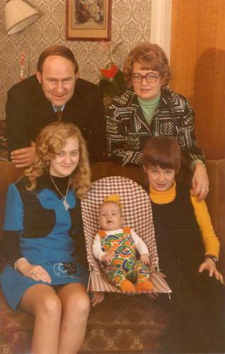 01 02 Wies Arie jr 1974 Gezinsfoto