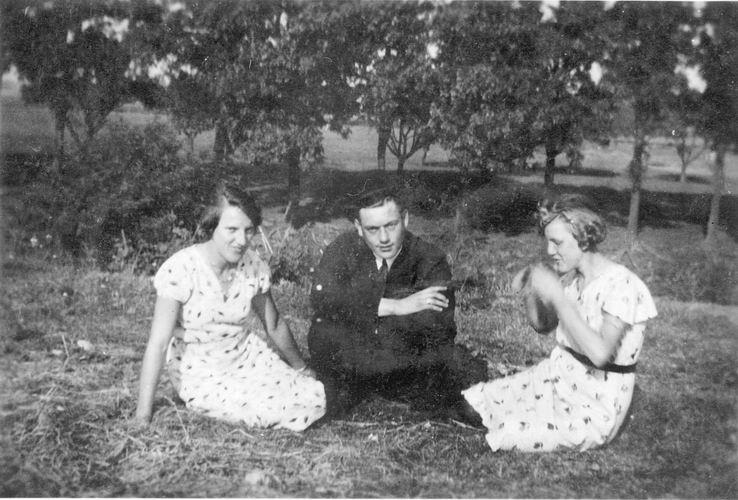 03 Wies Hil 194_ met Dirk Kesting en tante Marij bij Genie