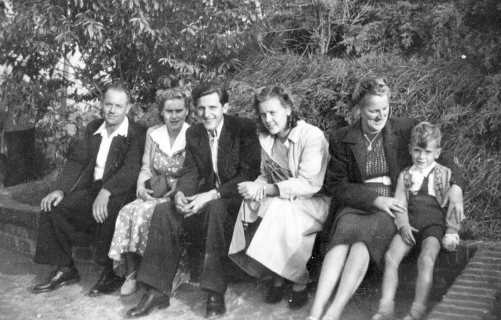 03 Wies Hill 1951± Fam met Henk Wies naar Avifauna 06