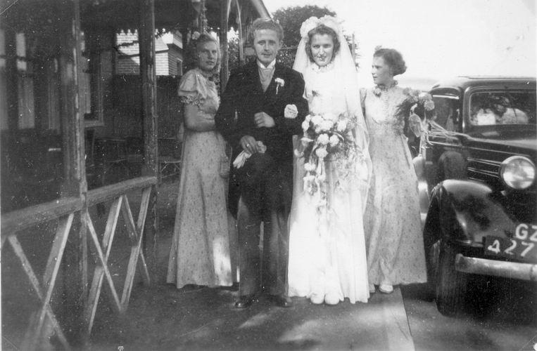 07 Wies Sien 1947 Trouwt Jan Leen bij Aalsmeerderdijk
