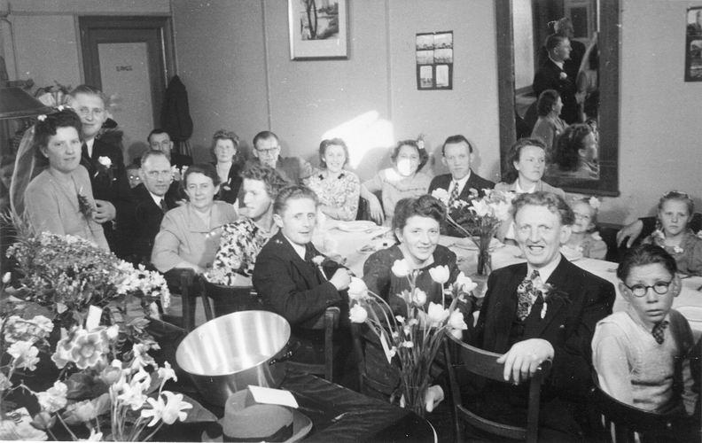 08 Wies Marie 1949 Trouwt Piet Smit 27