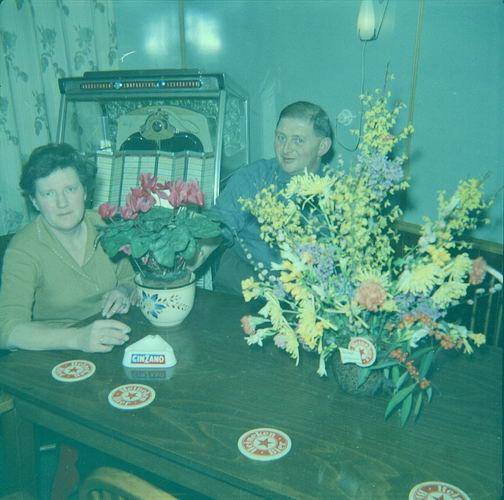 08 Wies Marie 1963 Opening Cafe Piet Smit aan Leimuiderdijk 012