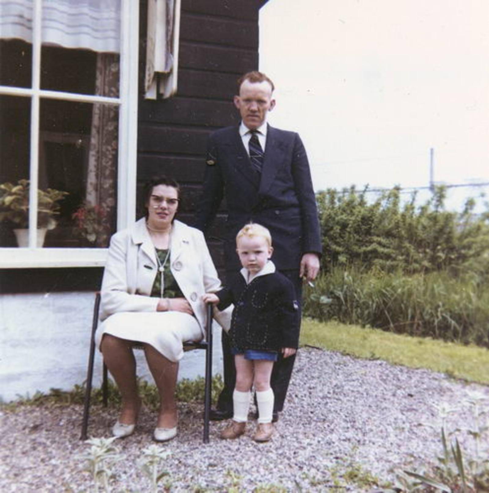 09 Wies Jan 1961± Gezin bij Huis Opoe Wies