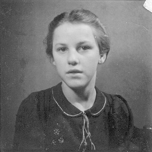 10 Wies Nel 194_ Portret