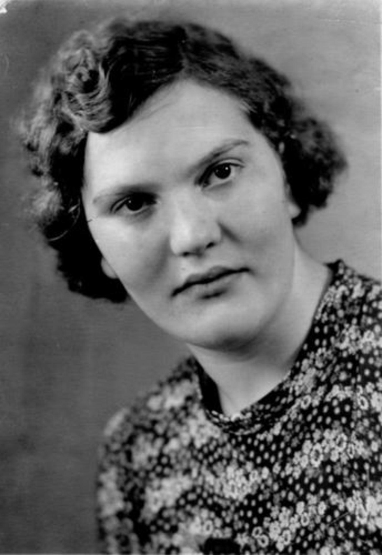 21 Wies Maria Pdr 1899 1941± Portret dochter Cornelia Swier
