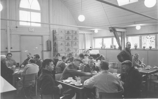 Kruislaan 0044 1960± de Schutse vh Kerk 04 Kantine