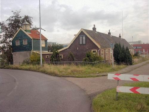 Kruisweg N 0693 1999± Huize Dekker.jpg
