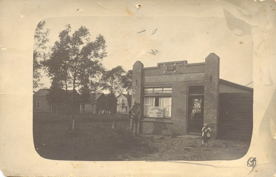 Kruislaan 0015 1930± Mesmans 1e winkel Re-exp